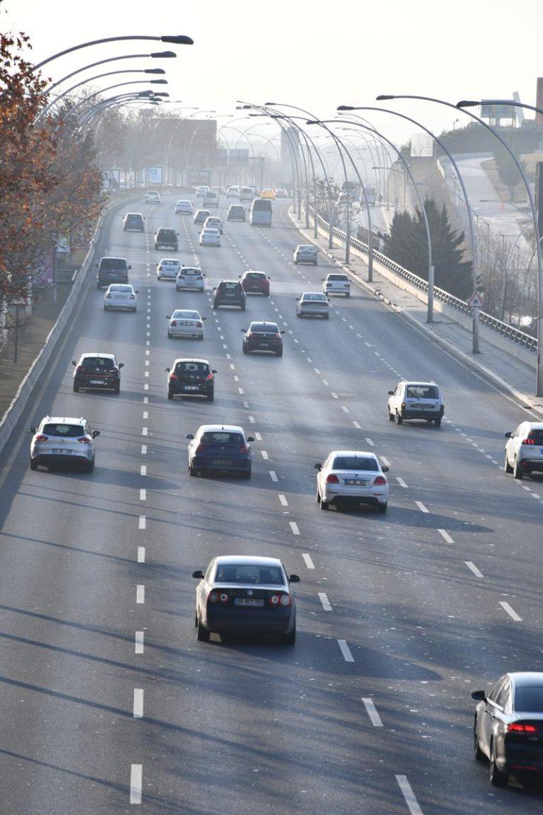 Profesjonalne i specjalistyczne usługi pomocy drogowej