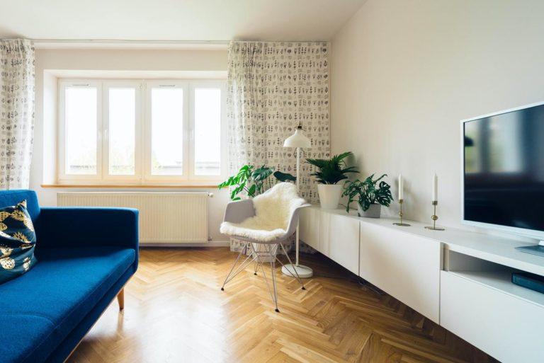 Solidne panele podłogowe dla każdego domu